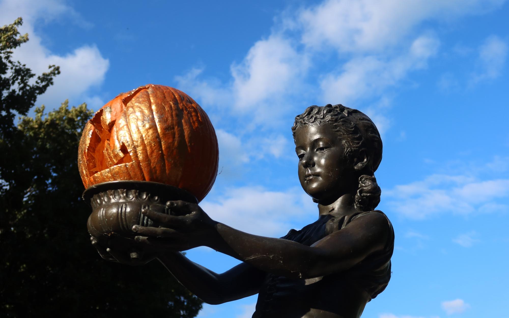 Fountain Girl Lincoln Park Chicago Halloween